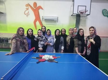 به مناسبت عید غدیر خم برگزار شد: یک دور مسابقه تنیس روی میز بانوان